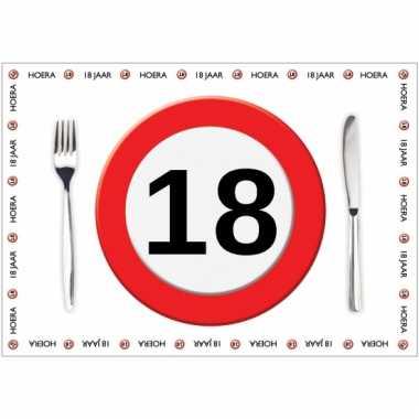 10 placemats 18 jaar van papier