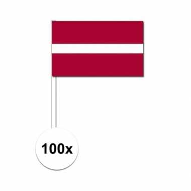 100x letland decoratie papieren zwaaivlaggetjes