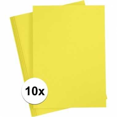 10x geel kartonnen vel a4