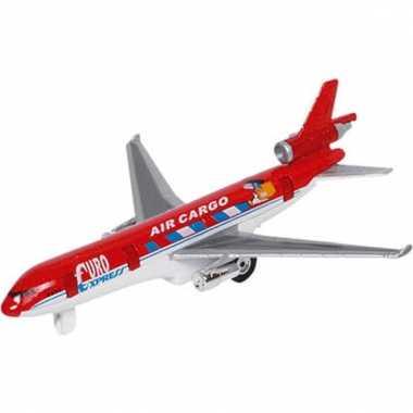 Air cargo model vrachtvliegtuig rood