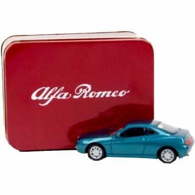 Alfa romeo gtv 1995 modelauto 1:43