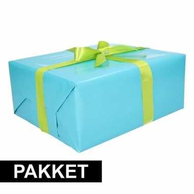 Aqua cadeauverpakking pakket met lichtgroen cadeaulint