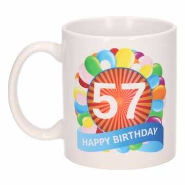 Cadeau 57 jaar mok / beker ballon thema