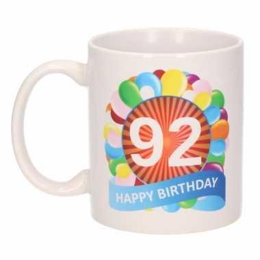 Cadeau 92 jaar mok / beker ballon thema