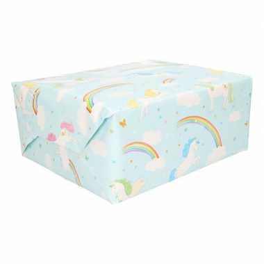 Cadeaupapier lichtblauw met regenbogen 200 cm