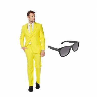Carnavalskostuum geel heren pak 48 (m) met gratis zonnebril