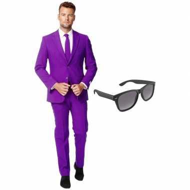 Carnavalskostuum paars heren pak 54 (xxl) met gratis zonnebril