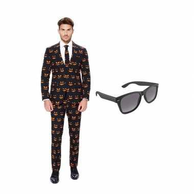 Carnavalskostuum pompoen heren pak 56 (xxxl) met gratis zonnebril