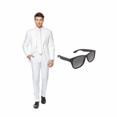 Carnavalskostuum wit heren pak 56 (xxxl) met gratis zonnebril