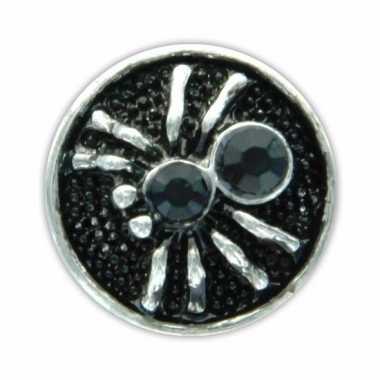 Chunks met zwarte spin 1,8 cm