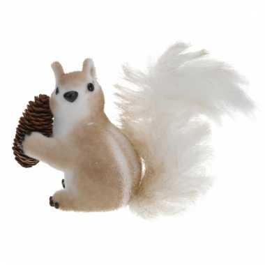 Eekhoorn decoratie met dennenappel 16 cm type 2