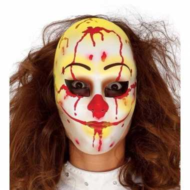 Eng clown masker met bloed