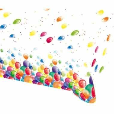 Feestelijke tafelkleed met ballonnen opdruk plastic 135x200cm