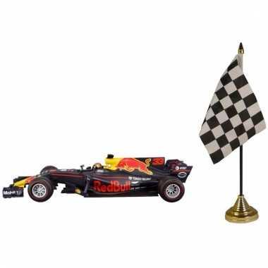 Formule 1 speelgoedwagen max verstappen 1:43 met finish tafel vlagget