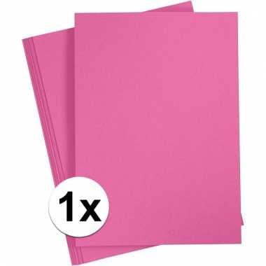 Fuchsia roze kartonnen vel a4