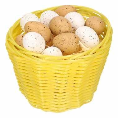 Geel paasmandje met plastic kwartel eieren 14cm