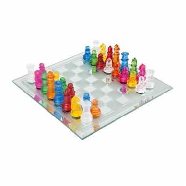 Gekleurd schaakspel van glas