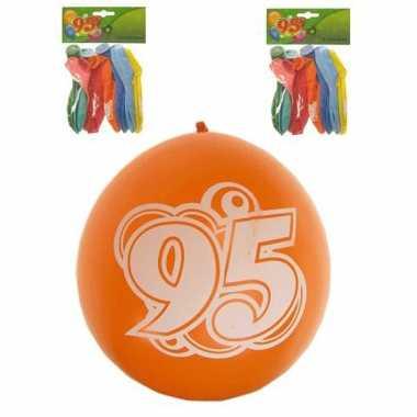 Gekleurde feest ballonnen 95 jaar