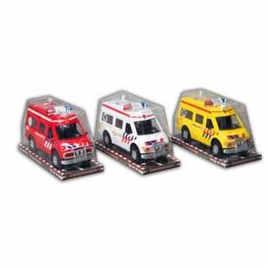 Gele ambulance auto 26 cm