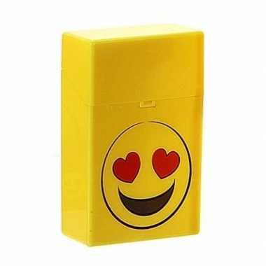Gele sigarettenbox verliefde smiley