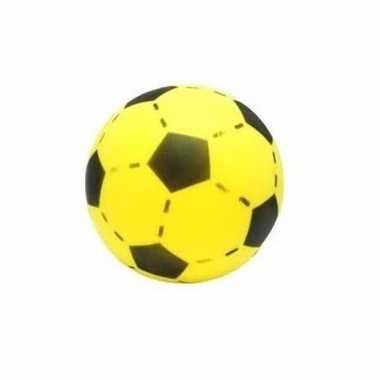 Gele softbal met voetbalprint