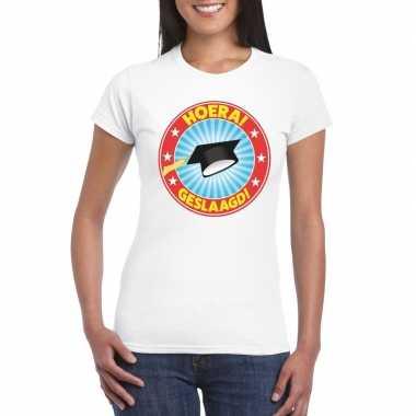 Geslaagd t-shirt wit met afstudeerhoedje dames