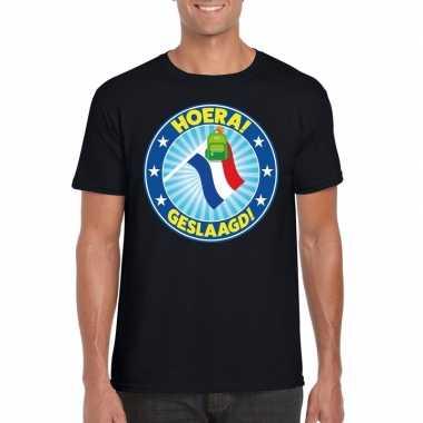 Geslaagd t-shirt zwart met vlaggenmast en tas heren