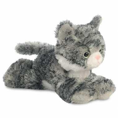 Grijs/witte kat knuffels 20 cm knuffeldieren