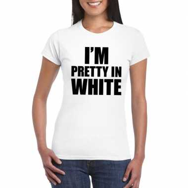 I'm pretty in white t-shirt wit dames