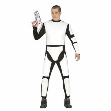 Jumpsuit stormtrooper look-a-like