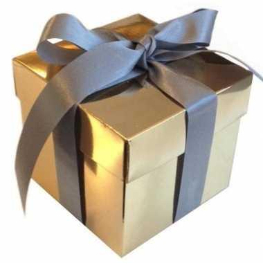 Kado doosjes goud met zilveren strik 10 cm vierkant