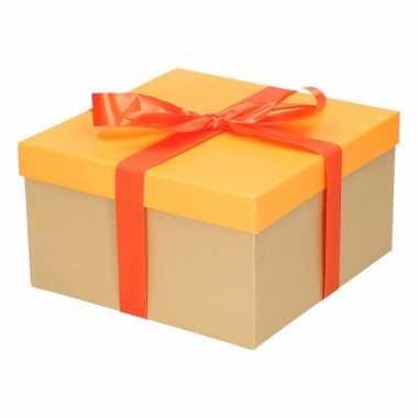 Kado doosjes neon oranje met oranje strik 19 cm vierkant