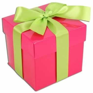 Kado doosjes roze met lichtgroene strik 10 cm vierkant