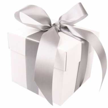 Kado doosjes wit met zilveren strik 10 cm vierkant