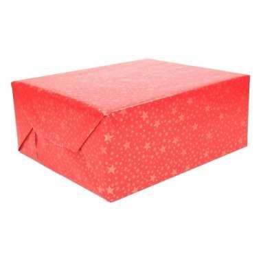 Kerst cadeaupapier rood met gouden sterren
