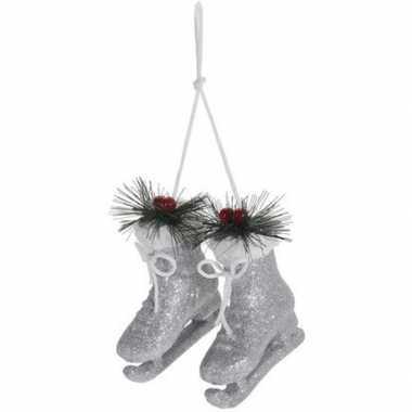 Kerst hangdecoratie zilveren schaatsen 12 cm