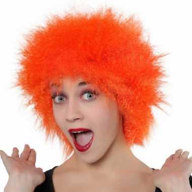 Korte oranje pruik voor volwassenen