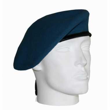 Leger soldaten baretten lichtblauw