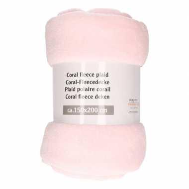 Licht roze warme fleece deken 150 x 200 cm