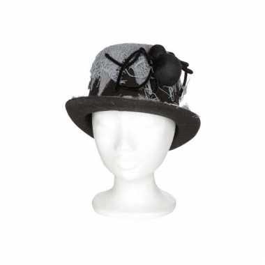 Mannen hoed met spin 13 x 29 x h25 cm