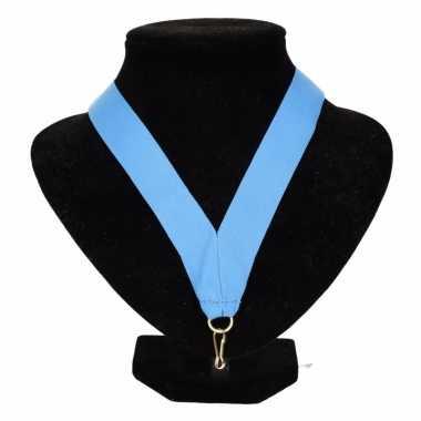 Medaille lint lichtblauw