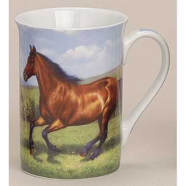 Melkbeker met paard model 2