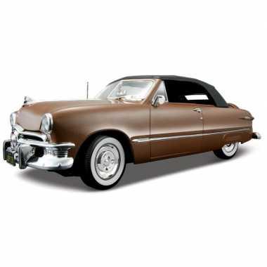 Model auto ford 1950 cabrio 1:18