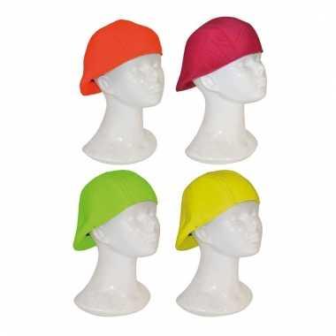 Neon hoedje met klep