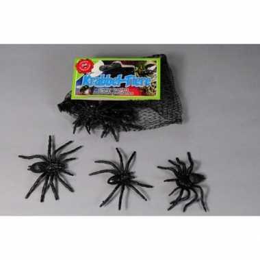 Netje met 16x zwarte spinnen enge halloween beestjes