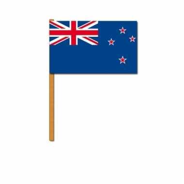 Nieuw zeeland zwaaivlaggetjes