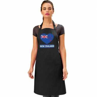 Nieuw-zeelandse vlag in hart keukenschort/ barbecueschort zwart heren