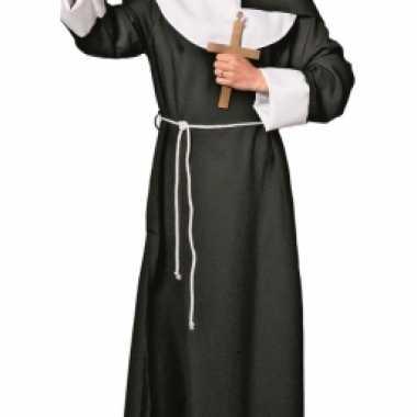 Nonnenpak voor dames