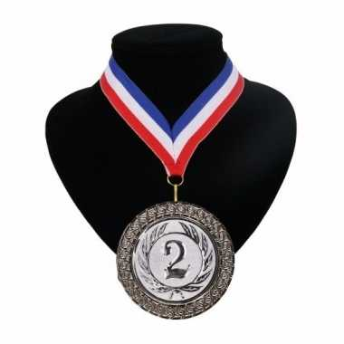 Nummer 2 medaille rood wit blauw