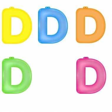 Opblaasbare gekleurde letter d